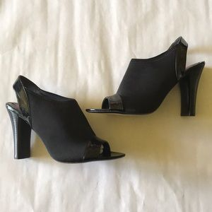 Sexy black ankle strap peep toe shoe- 8.5